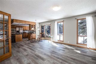 Photo 7: 27 EDGELAND Mews NW in Calgary: Edgemont Detached for sale : MLS®# C4302582