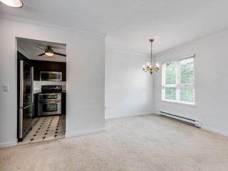 """Photo 7: 203 1535 CHESTERFIELD Avenue in North Vancouver: Central Lonsdale Condo for sale in """"KENSINGTON COURT"""" : MLS®# R2479537"""