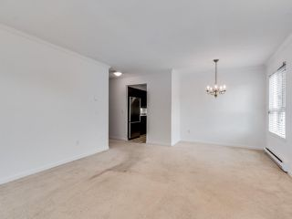 """Photo 6: 203 1535 CHESTERFIELD Avenue in North Vancouver: Central Lonsdale Condo for sale in """"KENSINGTON COURT"""" : MLS®# R2479537"""