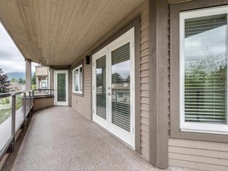 """Photo 20: 203 1535 CHESTERFIELD Avenue in North Vancouver: Central Lonsdale Condo for sale in """"KENSINGTON COURT"""" : MLS®# R2479537"""