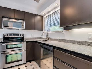 """Photo 9: 203 1535 CHESTERFIELD Avenue in North Vancouver: Central Lonsdale Condo for sale in """"KENSINGTON COURT"""" : MLS®# R2479537"""