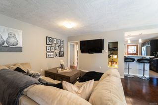 Photo 9: 1335 Balmoral Rd in : Vi Fernwood Half Duplex for sale (Victoria)  : MLS®# 855780