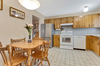 Photo 10: 120 Oakdale Place SW in Calgary: Oakridge Detached for sale : MLS®# A1043914