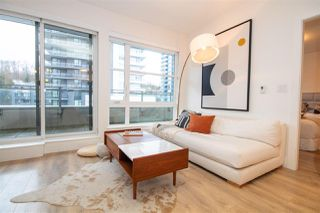 """Photo 6: 707 3488 SAWMILL Crescent in Vancouver: South Marine Condo for sale in """"3 TOWN CENTER"""" (Vancouver East)  : MLS®# R2527827"""