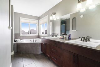 Photo 17: 3915 164 Avenue in Edmonton: Zone 03 House for sale : MLS®# E4177927