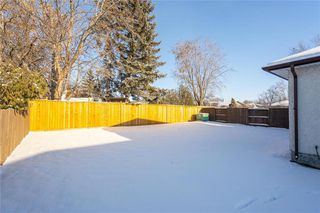 Photo 20: 83 Kirlystone Way in Winnipeg: Oakwood Estates Residential for sale (3H)  : MLS®# 1932838