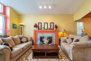 Photo 3: 9337 DIXON Avenue in Richmond: Garden City House for sale : MLS®# R2439906