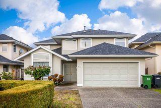 Photo 1: 9337 DIXON Avenue in Richmond: Garden City House for sale : MLS®# R2439906