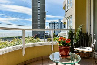 Photo 1: 202 2203 BELLEVUE AVENUE in West Vancouver: Dundarave Condo for sale : MLS®# R2466183