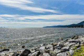 Photo 18: 202 2203 BELLEVUE AVENUE in West Vancouver: Dundarave Condo for sale : MLS®# R2466183