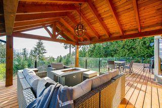 Main Photo: 3906 SOUTHRIDGE Avenue in West Vancouver: Bayridge House for sale : MLS®# R2504769