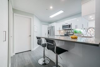 """Photo 14: 207 1955 SUFFOLK Avenue in Port Coquitlam: Glenwood PQ Condo for sale in """"Oxford Place"""" : MLS®# R2518869"""