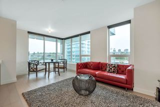 "Photo 6: 1207 455 SW MARINE Drive in Vancouver: Marpole Condo for sale in ""W1"" (Vancouver West)  : MLS®# R2405399"