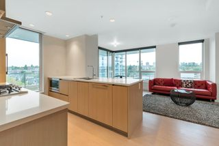 "Photo 5: 1207 455 SW MARINE Drive in Vancouver: Marpole Condo for sale in ""W1"" (Vancouver West)  : MLS®# R2405399"