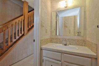 Photo 11: 7059 32 Avenue in Edmonton: Zone 29 Townhouse for sale : MLS®# E4176646