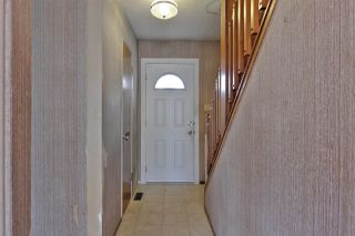 Photo 3: 7059 32 Avenue in Edmonton: Zone 29 Townhouse for sale : MLS®# E4176646