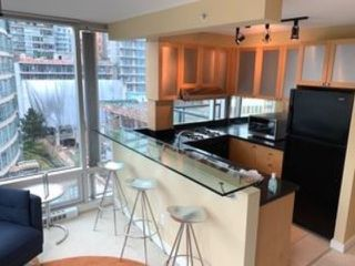 "Photo 7: 802 1003 BURNABY Street in Vancouver: West End VW Condo for sale in ""THE MILANO"" (Vancouver West)  : MLS®# R2417411"