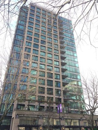 "Photo 2: 802 1003 BURNABY Street in Vancouver: West End VW Condo for sale in ""THE MILANO"" (Vancouver West)  : MLS®# R2417411"