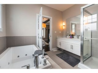 "Photo 12: 27 15988 32 Avenue in Surrey: Grandview Surrey Townhouse for sale in ""BLU"" (South Surrey White Rock)  : MLS®# R2420244"