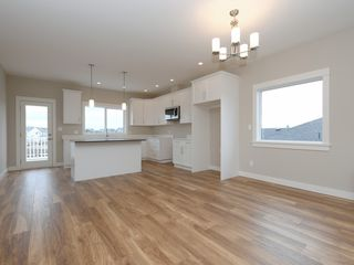 Photo 6: 3475 Sparrowhawk Ave in : Co Royal Bay House for sale (Colwood)  : MLS®# 830080