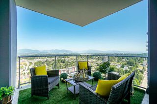"Photo 10: 4310 13696 100 Avenue in Surrey: Whalley Condo for sale in ""Park Avenue West"" (North Surrey)  : MLS®# R2435358"