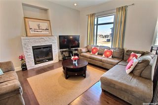 Photo 4: 3 Smiley Drive in Prince Albert: Crescent Acres Residential for sale : MLS®# SK813897