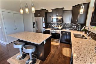 Photo 9: 3 Smiley Drive in Prince Albert: Crescent Acres Residential for sale : MLS®# SK813897