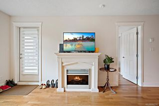 Photo 6: 203 2717 Peatt Rd in Langford: La Langford Proper Condo Apartment for sale : MLS®# 844586