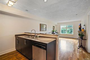 Photo 8: 203 2717 Peatt Rd in Langford: La Langford Proper Condo Apartment for sale : MLS®# 844586