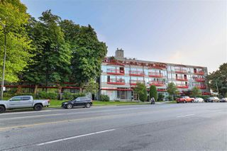 "Photo 1: 201 350 E 2ND Avenue in Vancouver: Mount Pleasant VE Condo for sale in ""MAINSPACE"" (Vancouver East)  : MLS®# R2478399"