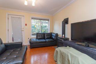 Photo 4: 2 1120 Richardson St in : Vi Fairfield West Condo for sale (Victoria)  : MLS®# 855234