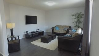 Photo 4: 3116 40 Avenue in Edmonton: Zone 30 House for sale : MLS®# E4173873