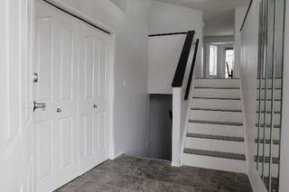 Photo 2: 3116 40 Avenue in Edmonton: Zone 30 House for sale : MLS®# E4173873
