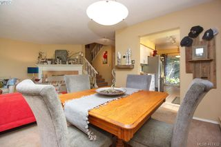 Photo 6: 3 1740 Knight Ave in VICTORIA: SE Mt Tolmie Row/Townhouse for sale (Saanich East)  : MLS®# 828137