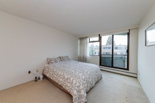 "Photo 15: 303 2445 W 3RD Avenue in Vancouver: Kitsilano Condo for sale in ""CARRIAGE HOUSE"" (Vancouver West)  : MLS®# R2420207"
