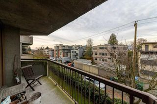 "Photo 10: 303 2445 W 3RD Avenue in Vancouver: Kitsilano Condo for sale in ""CARRIAGE HOUSE"" (Vancouver West)  : MLS®# R2420207"