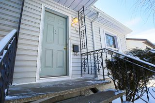 Photo 2: 9519 64 Avenue in Edmonton: Zone 17 House for sale : MLS®# E4184671