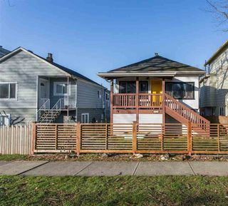 Photo 10: 369 E 34TH Avenue in Vancouver: Main House for sale (Vancouver East)  : MLS®# R2436463