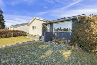 Photo 3: 7004 100 Avenue in Edmonton: Zone 19 House for sale : MLS®# E4187866