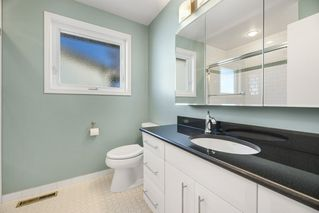 Photo 19: 7004 100 Avenue in Edmonton: Zone 19 House for sale : MLS®# E4187866