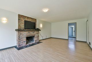Photo 8: 64 53 Street in Delta: Pebble Hill House for sale (Tsawwassen)  : MLS®# R2462367