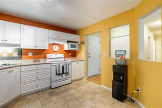 """Photo 4: 307 2435 CENTER Street in Abbotsford: Abbotsford West Condo for sale in """"CEDAR GROVE PLACE"""" : MLS®# R2466692"""