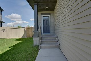 Photo 4: 1407 53 Street in Edmonton: Zone 53 House Half Duplex for sale : MLS®# E4203290