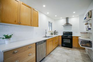 """Photo 7: 928 GLENACRE Court in Port Moody: College Park PM House for sale in """"COLLEGE PARK"""" : MLS®# R2470357"""