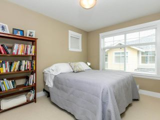 """Photo 14: 14 17171 2B Avenue in Surrey: Pacific Douglas Townhouse for sale in """"AUGUSTA TOWNHOUSES"""" (South Surrey White Rock)  : MLS®# R2478640"""