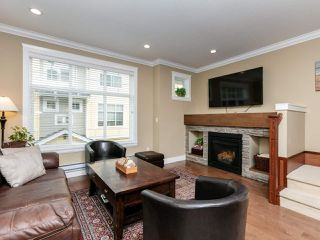 """Photo 4: 14 17171 2B Avenue in Surrey: Pacific Douglas Townhouse for sale in """"AUGUSTA TOWNHOUSES"""" (South Surrey White Rock)  : MLS®# R2478640"""