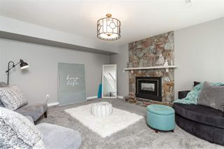 """Photo 4: 15739 96A Avenue in Surrey: Guildford House for sale in """"Johnston Heights"""" (North Surrey)  : MLS®# R2483112"""