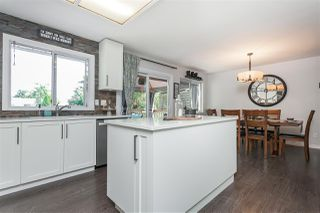 """Photo 15: 15739 96A Avenue in Surrey: Guildford House for sale in """"Johnston Heights"""" (North Surrey)  : MLS®# R2483112"""