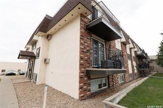 Photo 2: 11 3825 Luther Place in Saskatoon: West College Park Residential for sale : MLS®# SK827114