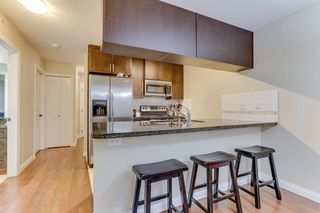Photo 9: 440 5660 201A STREET in Langley: Langley City Condo for sale